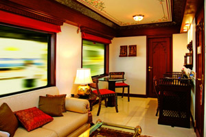 seating area in maharaja express